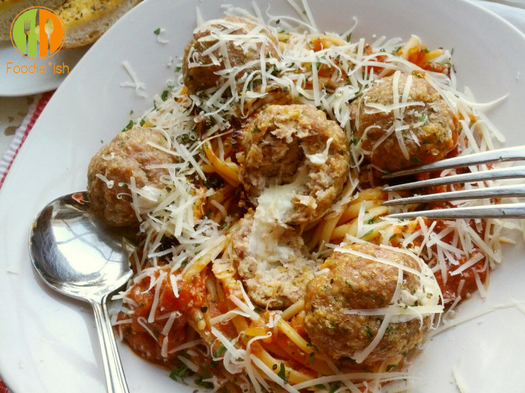 fresh mozzarella oozing out of a turkey meatball... yep. I'll eat that.