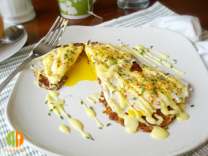 Low Calorie, Low Fat Hollandaise Sauce