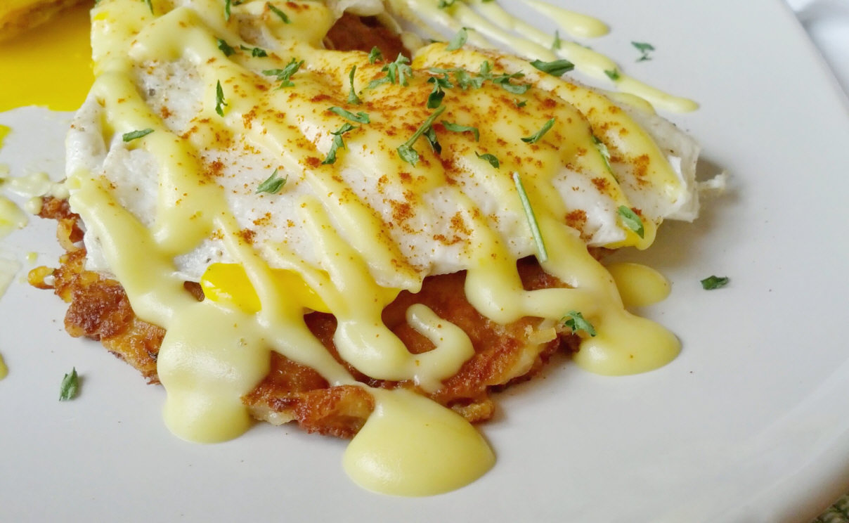 Holla! It's a Low-Cal Hollandaise, Y'all!