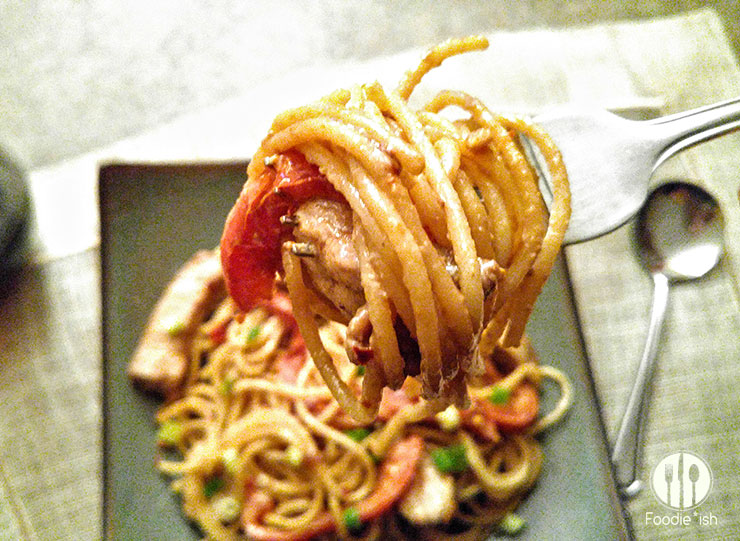 Peanut Pork with noodles and peppers